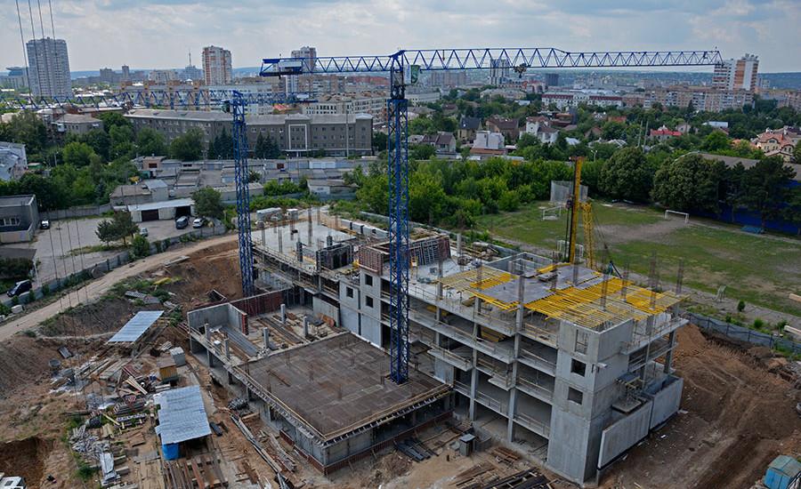 Ход строительства ЖК «Люксембург» (2 очередь). Июнь 2018. Фото.